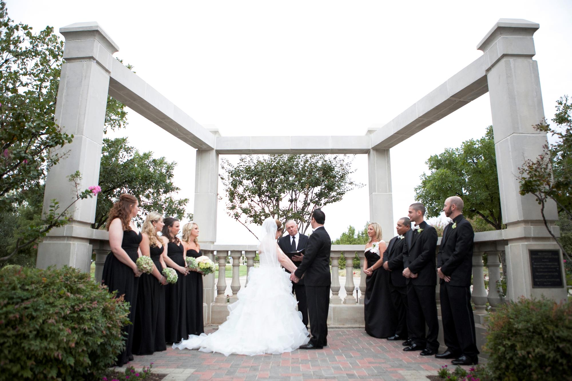 Colleyville center balustrada wedding ceremony